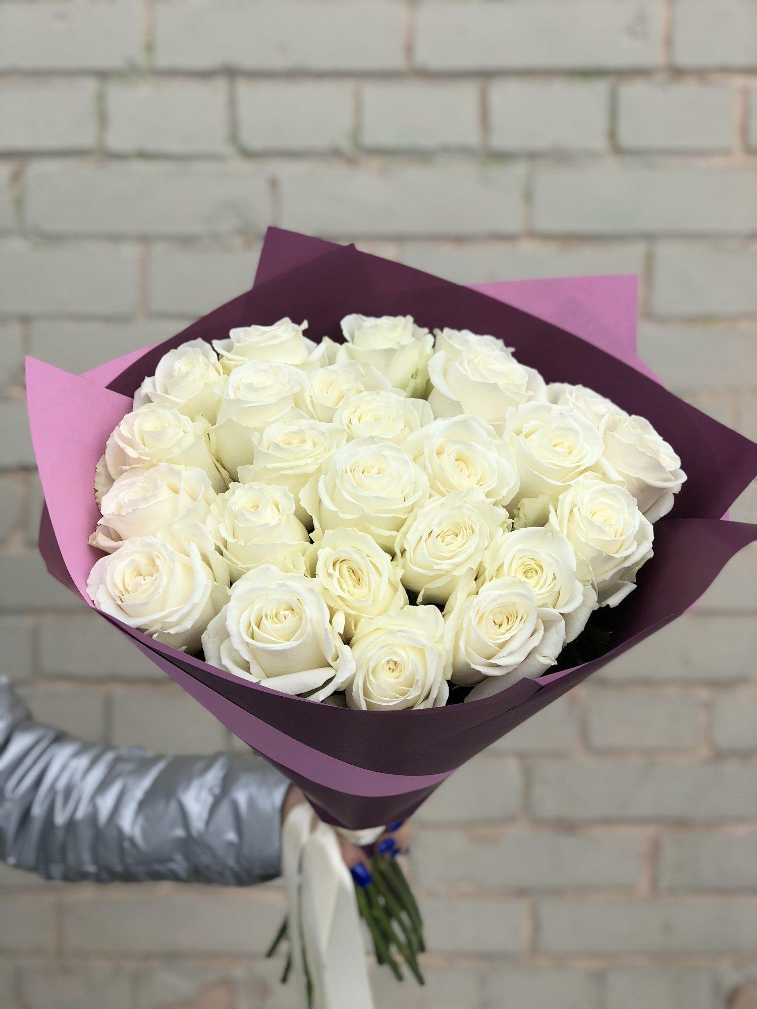 Цветов, букет из белых 25 белых роз (букет
